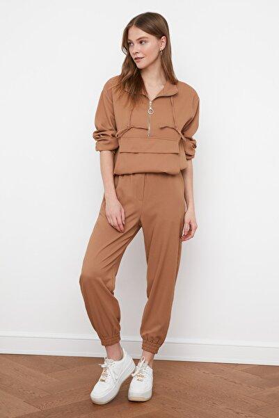 TRENDYOLMİLLA Camel Jogger Beli Lastikli Pantolon TWOSS21PL0234