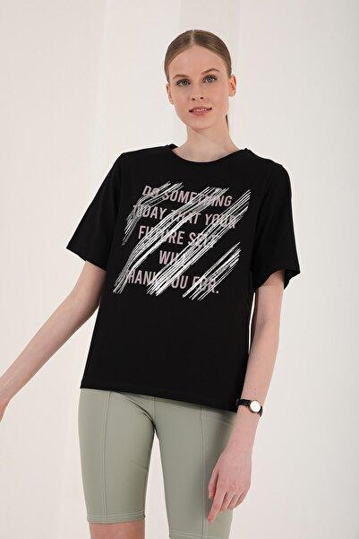 Tommy Life Kadın Siyah Deforme Yazı Baskılı Oversize O Yaka T-shirt - 97133