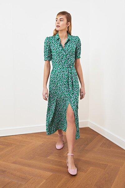 TRENDYOLMİLLA Yeşil Kuşaklı Gömlek Elbise TWOSS20EL1559