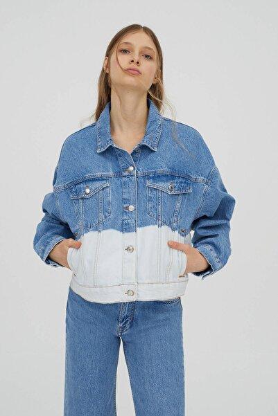 Pull & Bear Kadın Mavi Batik Denim Ceket
