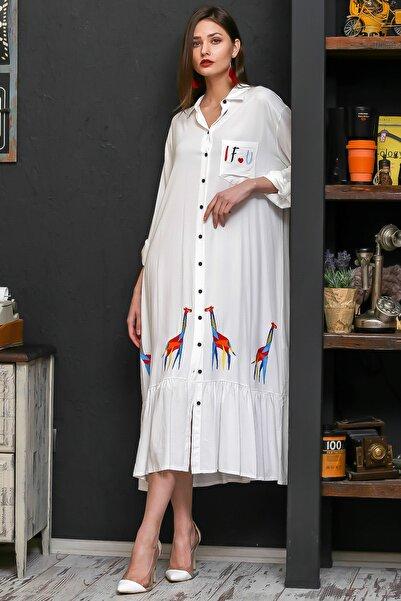 Chiccy Kadın Beyaz Zürafa Nakışlı Salaş Dokuma Gömlek Elbise M10160000EL95925