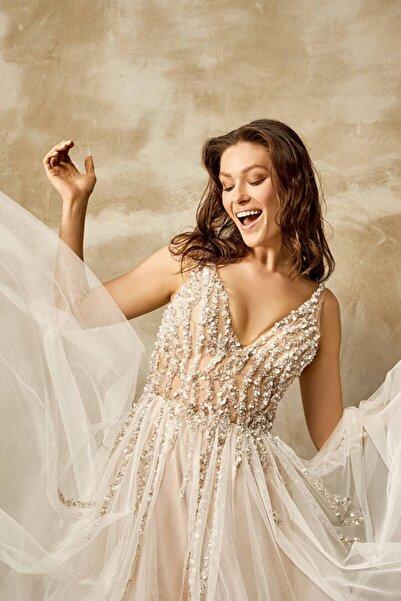 Mediha Cambaz Bridal Fırst Desıgn Popüler Fashion Çizgisel Dantel Modern Gelinlik
