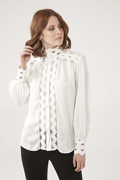 SERPİL Kadın Beyaz Aplikeli Gömlek