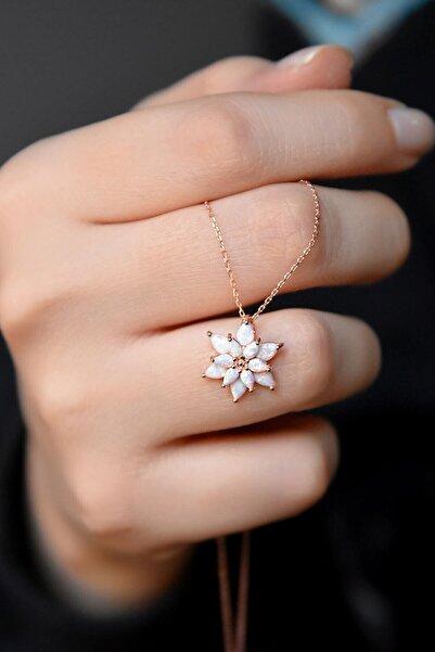 Papatya Silver Kadın Beyaz Opal Taşlı Lotus Gümüş Kolye