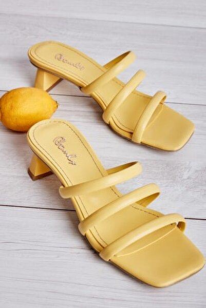 Sarı Kadın Sandalet L0533001509