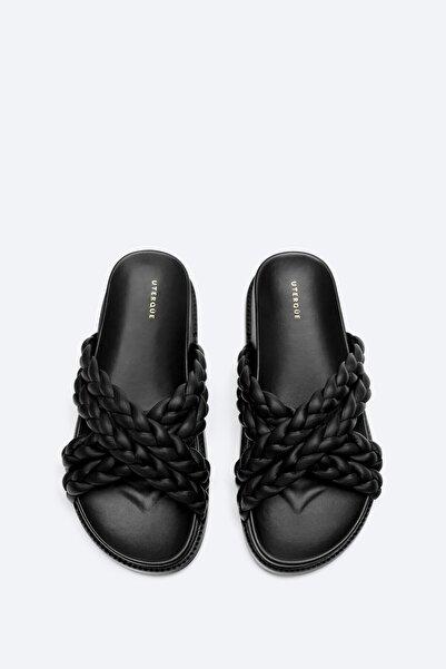 Uterqüe Kadın Siyah Örgü Deri Rahat Tabanlı Sandalet 17605780