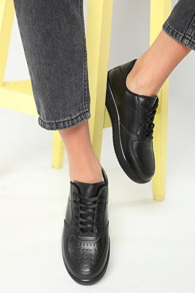 julude Kadın Siyah Bağcıklı Spor Ayakkabı