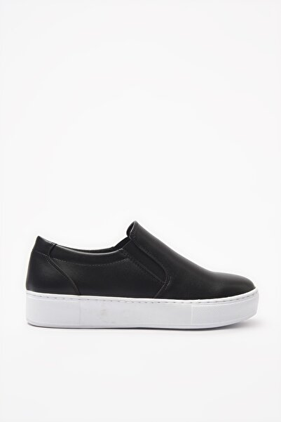 Yaya  by Hotiç Siyah Kadın Sneaker 01AYY205050A100