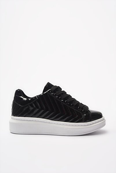 Yaya  by Hotiç Siyah Kadın Sneaker 01AYY205480A100