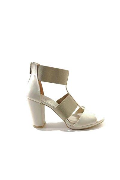 PUNTO Kadın Bej Topuklu Sandalet