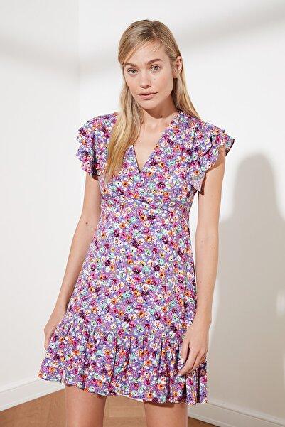 TRENDYOLMİLLA Mor Çiçek Desenli Elbise TWOSS21EL0272