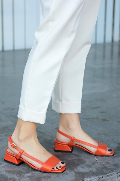 Mio Gusto Cindy Turuncu Kısa Topuklu Sandalet