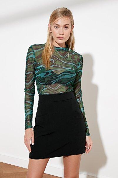 TRENDYOLMİLLA Yeşil Zebra Desen Tül Örme Bluz TWOSS21BZ0764