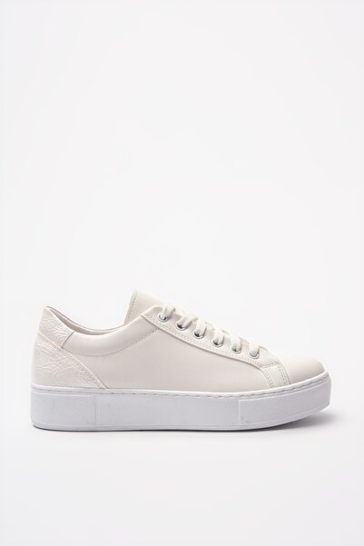 Yaya  by Hotiç Beyaz Kadın Sneaker 01AYY205020A900