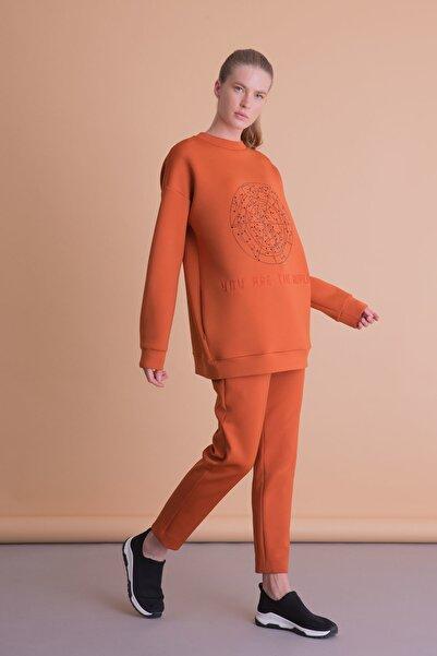 xGIZIA Taş Baskılı Turuncu Scuba Sweatshirt