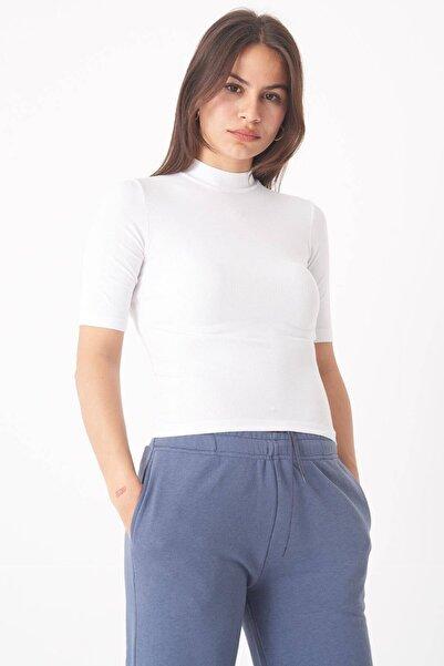 Addax Kadın Beyaz Dik Yaka Kısa Kollu Bluz P1051 - S6 ADX-0000022877