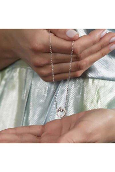 Tesbihane Zirkon Taşlı Oval Tasarım Sallantılı 925 Ayar Gümüş Kadın Kolye