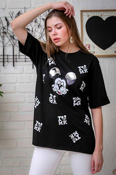 Chiccy Kadın Siyah Çizgi Karakter Baskılı Pul Detaylı Yanı Yırtmaçlı T-Tshirt M10010300TS98381