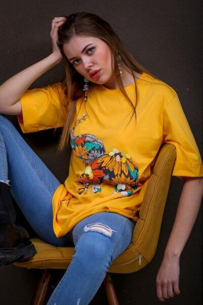 Chiccy Kadın Hardal Fil Baskılı Pul İşlemeli Yanı Yırtmaçlı T-Tshirt M10010300TS98367