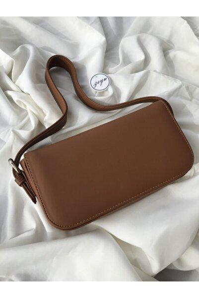 Zeyn Kadın Kapaklı Baget Çanta