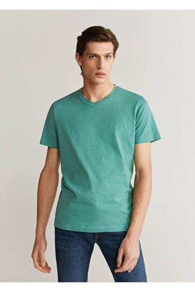 MANGO Man Erkek Nane Yeşili V Yakalı Pamuklu Tişört 67000589