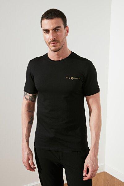 TRENDYOL MAN Siyah Erkek Basic Slim Fit T-Shirt TMNSS20TS0083