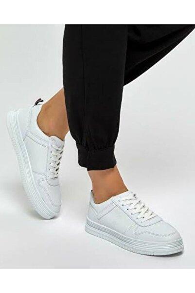 U.S. Polo Assn. SURI 9PR Beyaz Kadın Ayakkabı 100422462