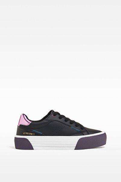 Bershka Kadın Siyah Kontrast Topuklu Spor Ayakkabı 11417760
