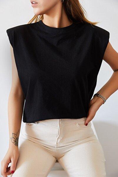 XHAN Kadın Siyah Vatkalı Basic T-shirt 0YXK2-43401-02