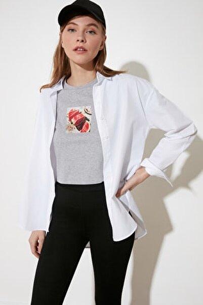 Beyaz Loose Fit Gömlek TWOAW20GO0107