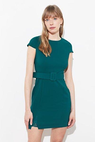 Yeşil Kemerli Dantel Detaylı Elbise TWOAW20EL0313