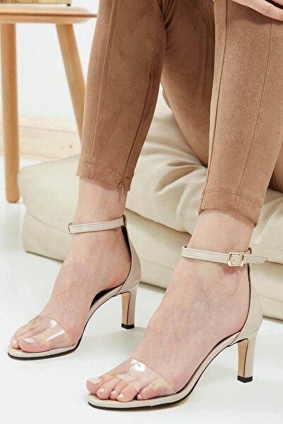 Mio Gusto Kadın  Leslie Ten Şeffaf Bantlı Topuklu Ayakkabı