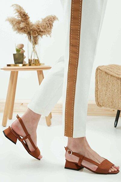 Mio Gusto Kadın Taba Cindy Kısa Topuklu Sandalet