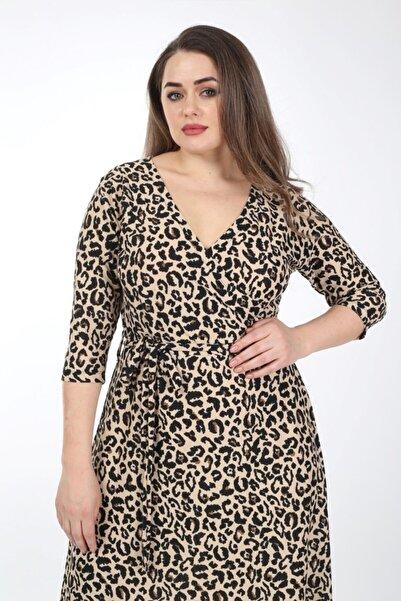 LİKRA Kadın Kahverengi Büyük Beden Leopar Desen Kemerli Kruvaze Yaka Esnek Örme Krep Elbise