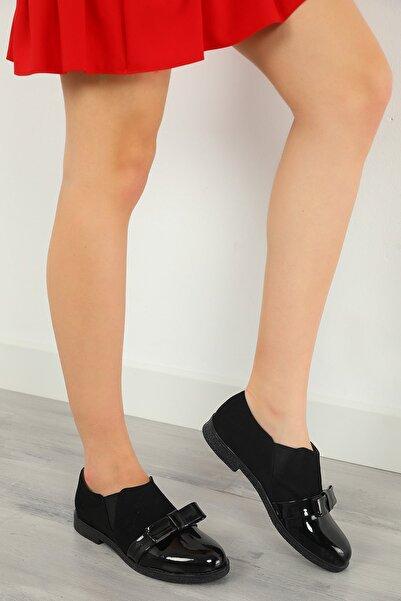 julude Kadın Siyah Rugan Lastikli Ayakkabı