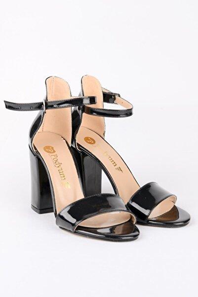 ODESA Kadın Siyah Rugan Tek Bant Topuklu Ayakkabı 9 cm