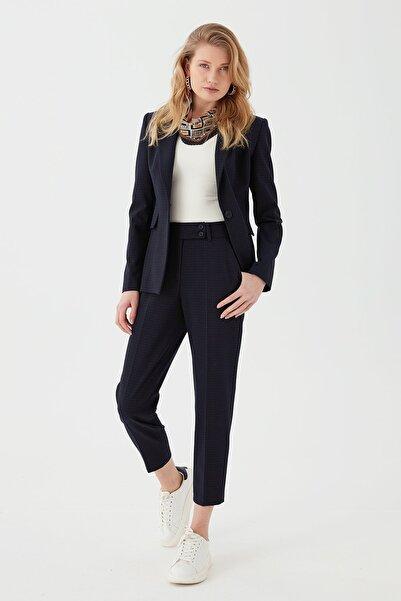 Chima Kadın Iki Düğmeli Rahat Kesim Pantolon