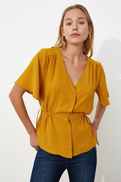 TRENDYOLMİLLA Sarı Melek Kol Bluz TWOSS20BZ0330