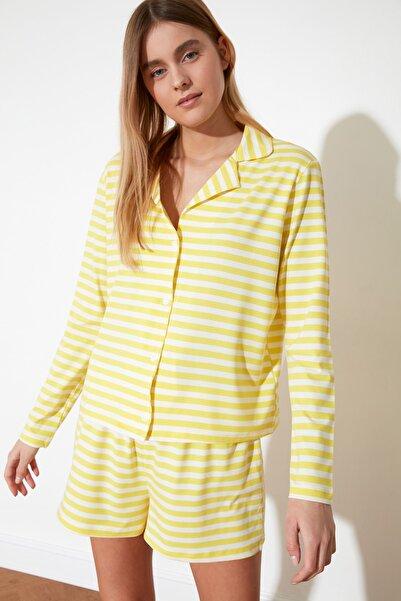TRENDYOLMİLLA Sarı Çizgili Örme Pijama Takımı THMSS21PT0098