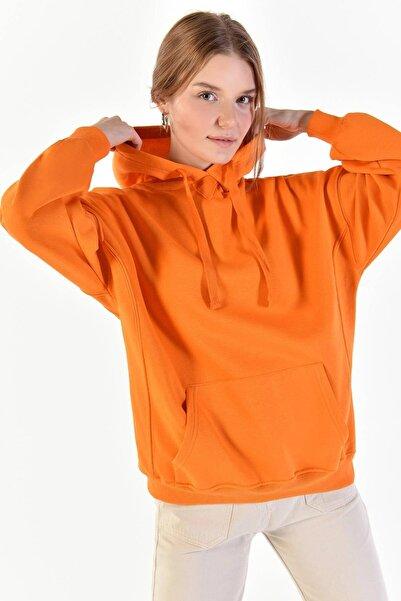 Addax Kadın Turuncu Kapüşonlu Sweatshirt S0519 - P10 - V2 ADX-0000014040
