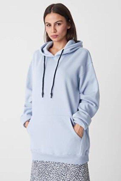 Kadın Buz Mavi Kapüşonlu Oversize Sweat S0925 - N4 - P3 ADX-0000022256
