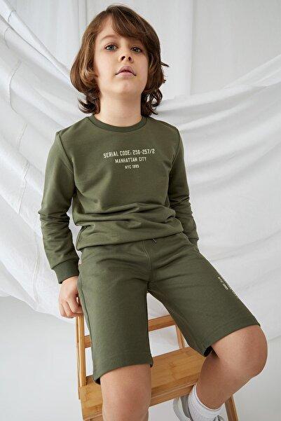 DeFacto Erkek Çocuk Yazı Baskılı Sweatshirt