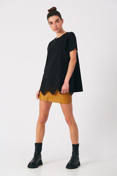 Robin Kadın Siyah Dantel Detaylı Tshirt