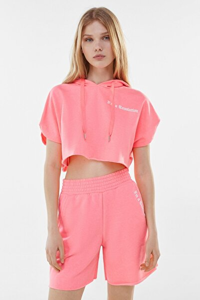 Bershka Kadın Pembe Kısa Kollu Baskılı Crop Fit Kapüşonlu Sweatshirt