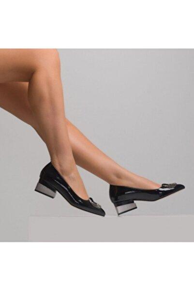 Venüs Kadın Ayakkabı Rugan Topuklu 21224401