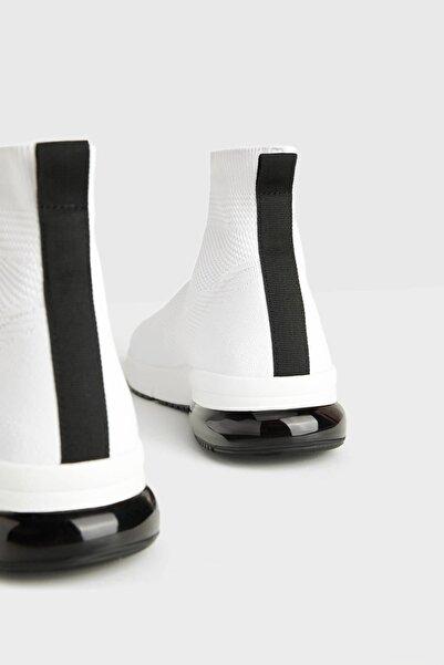 Erkek Beyaz Çorap Model Yüksek Bilekli Spor Ayakkabı 12200660