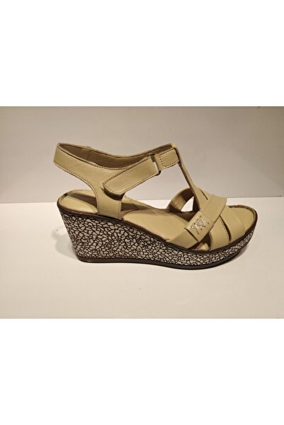 Pandora Kadın Bej Günlük Deri Sandalet Y20 St100