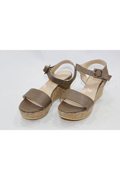 İnci Kadın Kahve Dolgu Topuklu Ayakkabı