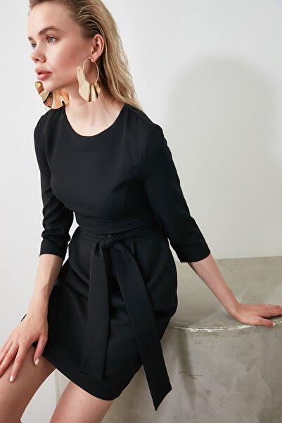 Siyah Kuşaklı Elbise TWOAW20EL0941