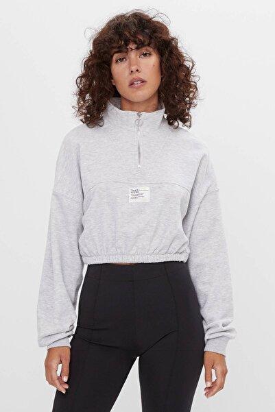 Bershka Kadın Gri Cropped Sweatshirt